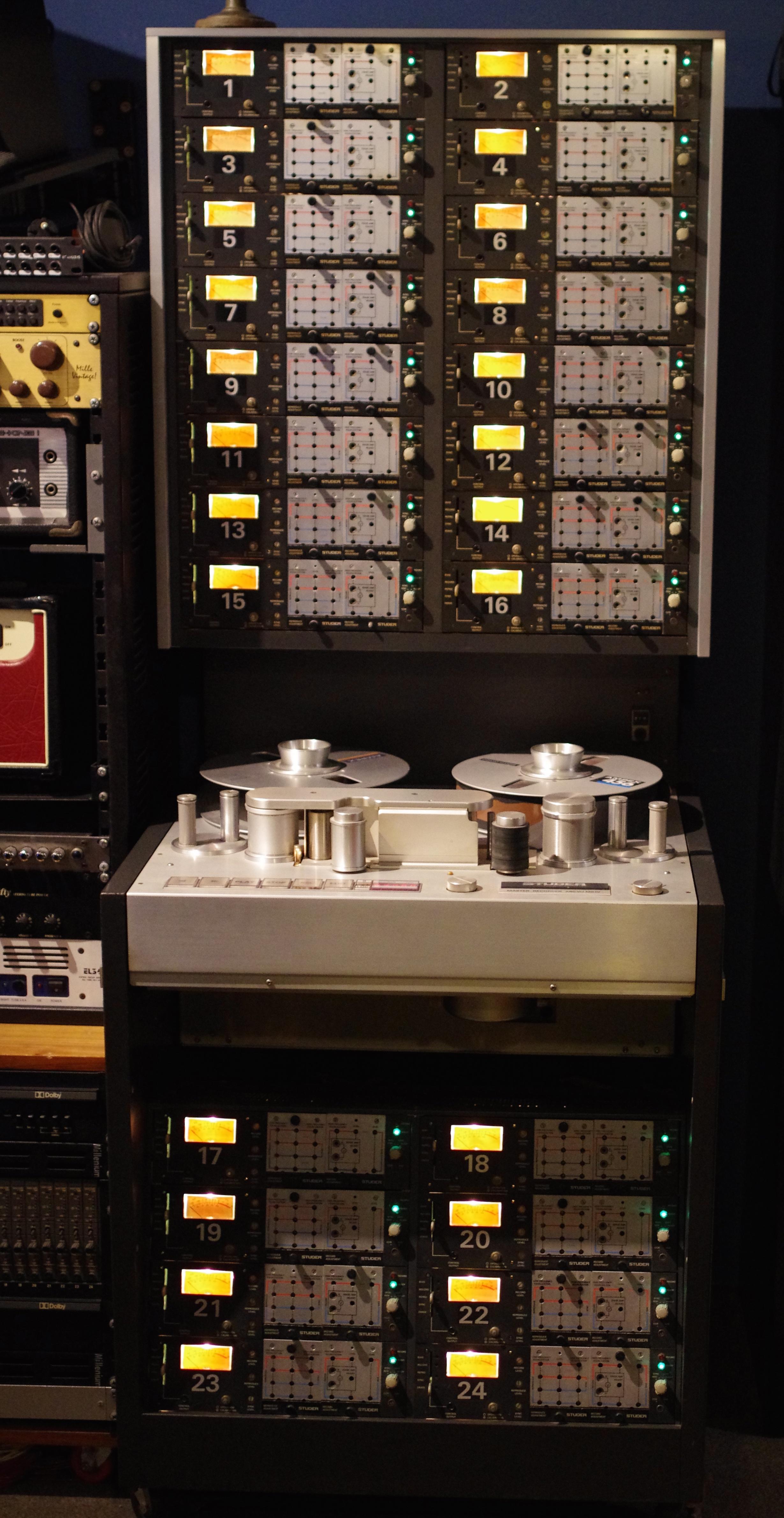 photo millenium audio recording 14